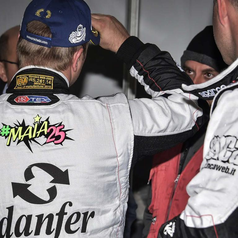 Centro Revisioni Cr Rally Team pilota Andrea Maiani navigatore Bubola
