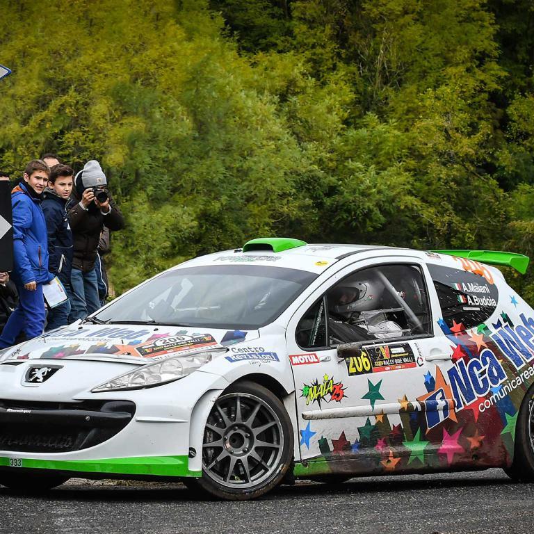 Macchina da Corsa su strada CR Rally Team